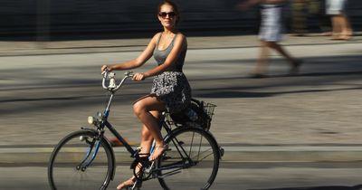 Trotz Rock bedenkenlos Fahrrad fahren!