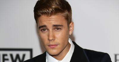 Justin Bieber zeigt uns seinen kleinen Bruder!