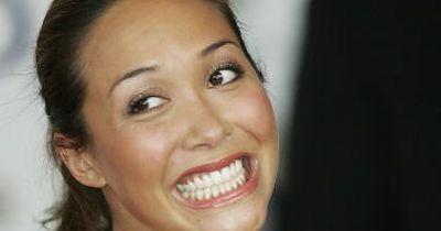 Lippenstift macht gelbe Zähne
