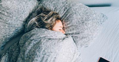 Was du vor dem Schlafengehen tun musst, um abzunehmen