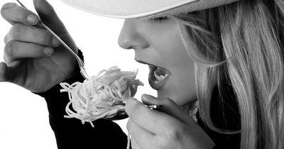 So einfach unterscheidest du Hunger und Appetit