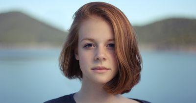 Auch mit kurzen Haaren kannst du tolle Frisuren tragen