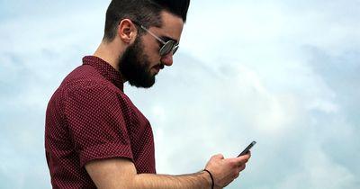 Diese Whats-App Nachrichten von Jungs verstehen alle Mädchen falsch