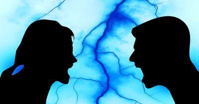 Über diese 5  dämlichsten Themen streiten sich viele Paare
