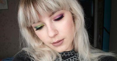 Two Toned Eye-Makeup