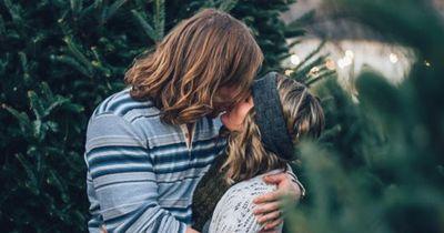Wenn dein Freund DAS tut, dann kannst du dir wirklich sicher sein, dass er dich liebt!