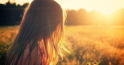 Diese Fehler lassen deine Frisur altbacken aussehen!