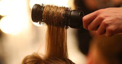 Diese Dinge machen eure Haare kaputt