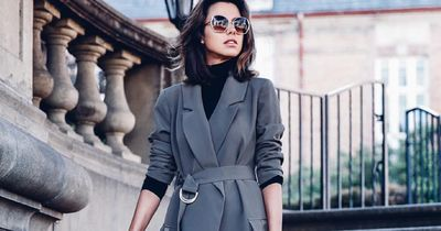 In diese 7 Modeteile sollte jede Frau investieren!