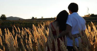 Diese 5 Dinge passieren, wenn du mit deinem Freund zusammenziehst
