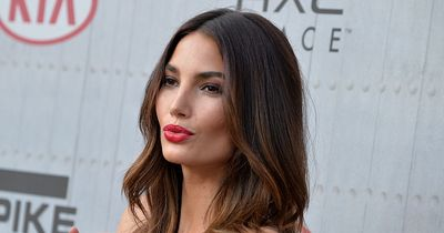 Topmodel Lily Aldridge zeigt ihre Make-up-Routine