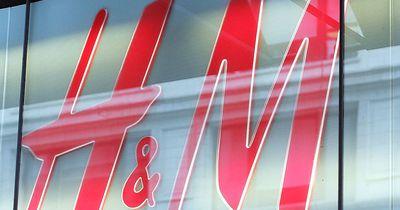 Warum du bei H&M wahrscheinlich die falsche Hosengröße trägst