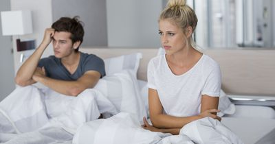 5 Gründe, warum Jungs immer mit ihrer Ex in Kontakt bleiben