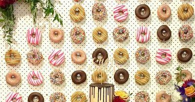 Alle lieben die Donut-Wand