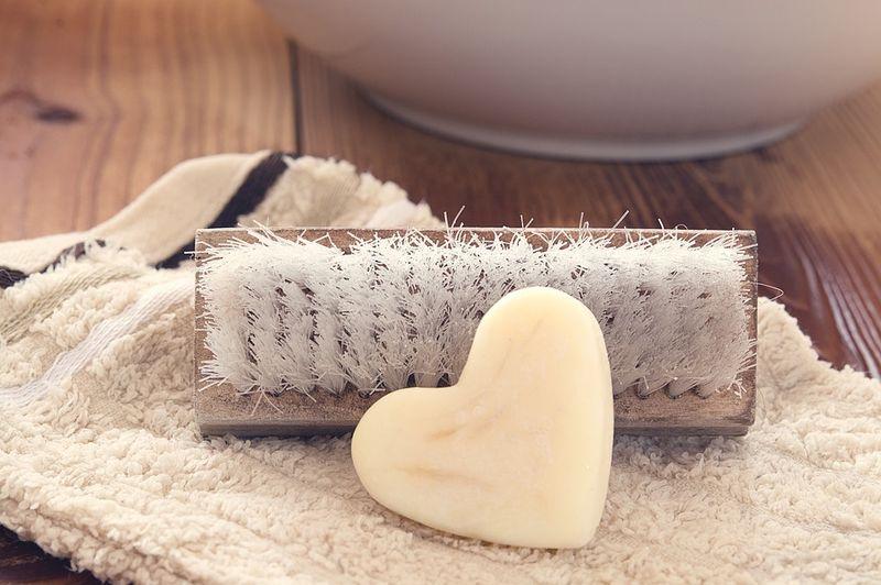 Dieses unterschätzte Beauty-Produkt lässt deine Pickel verschwinden
