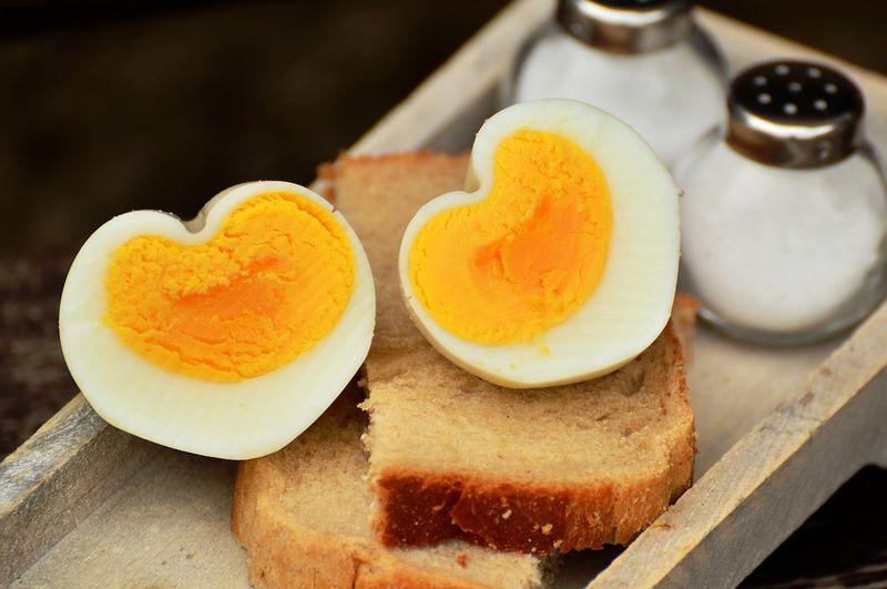 So formst du dir dein ganz individuelles Frühstücksei