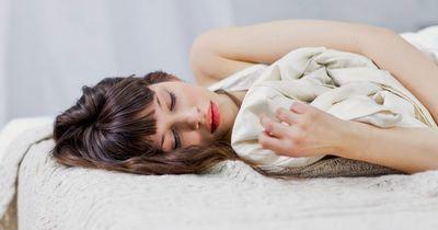 Vorsicht: Dieses Essen beeinflusst deinen Schlaf