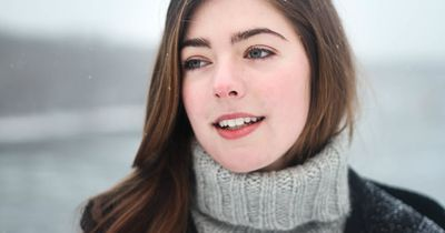 Diese Hausmittel beruhigen deine gestresste Winter-Haut