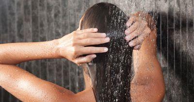 5 Haarspülungen zum Selbermachen, die wirklich funktionieren!