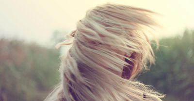 So fallen dir deine Haare nicht mehr ins Gesicht