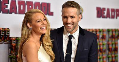 Hier zeigen Ryan Reynolds und Blake Lively uns zum ersten Mal ihre Kinder