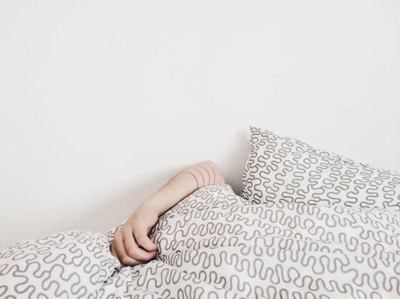 Das Einzige, was schlimmer ist als wenig zu schlafen, ist ...