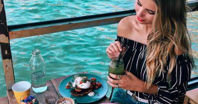 Dieses Frühstücks-Geheimnis hüten schlanke Frauen
