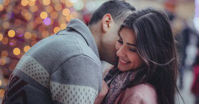 3 ungewöhnliche Stellen, an denen er es liebt, berührt zu werden