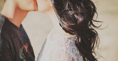 Auf diese 10 Kussstile verzichten wir gerne!