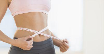 Ein flacher Bauch ohne Diät und Sport