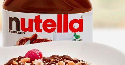 Nutella, Snickers und Co.: So zauberst du Desserts aus deinen Lieblings-Süßigkeiten
