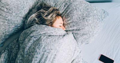 Du hast Probleme einzuschlafen? Mit diesem Trick klappt es innerhalb von 60 Sekunden.