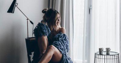 5 Anzeichen, dass eine geliebte, verstorbene Person noch in deiner Nähe ist