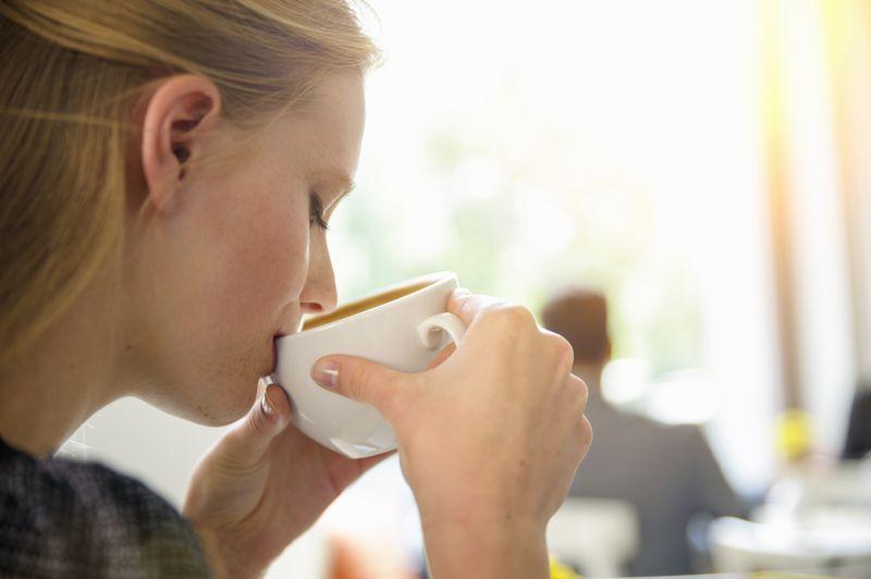 Enthüllt: Das macht Kaffee mit deiner Oberweite