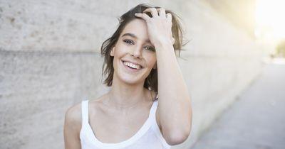 Neuer Haar-Trend: Shine Line Hair verzaubert alle Frauen