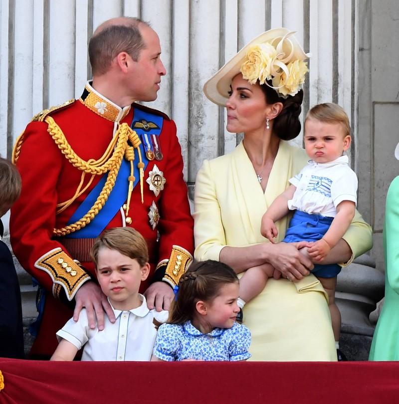 Die Royals. Prinz William mit seiner Frau Kate und seinen drei Kindern George, Charlotte und Louis
