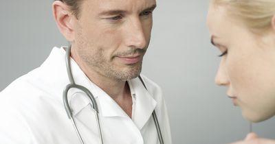 Daran erkennst du, ob du deinen Frauenarzt wechseln solltest: