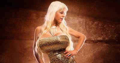 Martina Big: Wie aus dem blonden Model eine dunkelhäutige Frau wurde