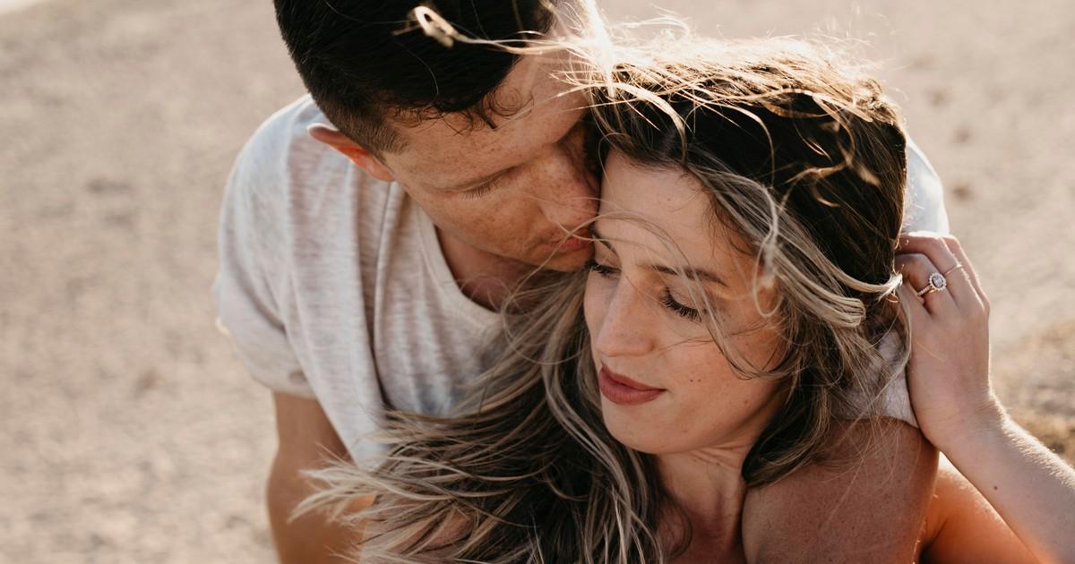 10 Dinge, die ein Mann nur tut, wenn er dich vermisst