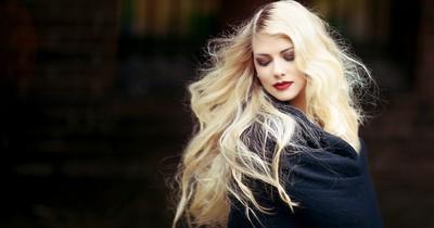 Die neue Trend-Haarfarbe im Winter