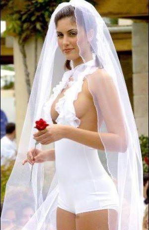 """Das Hochzeitskleid ist ein """"Fail""""."""