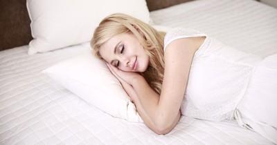 So viel Schlaf brauchst du in deinem Alter
