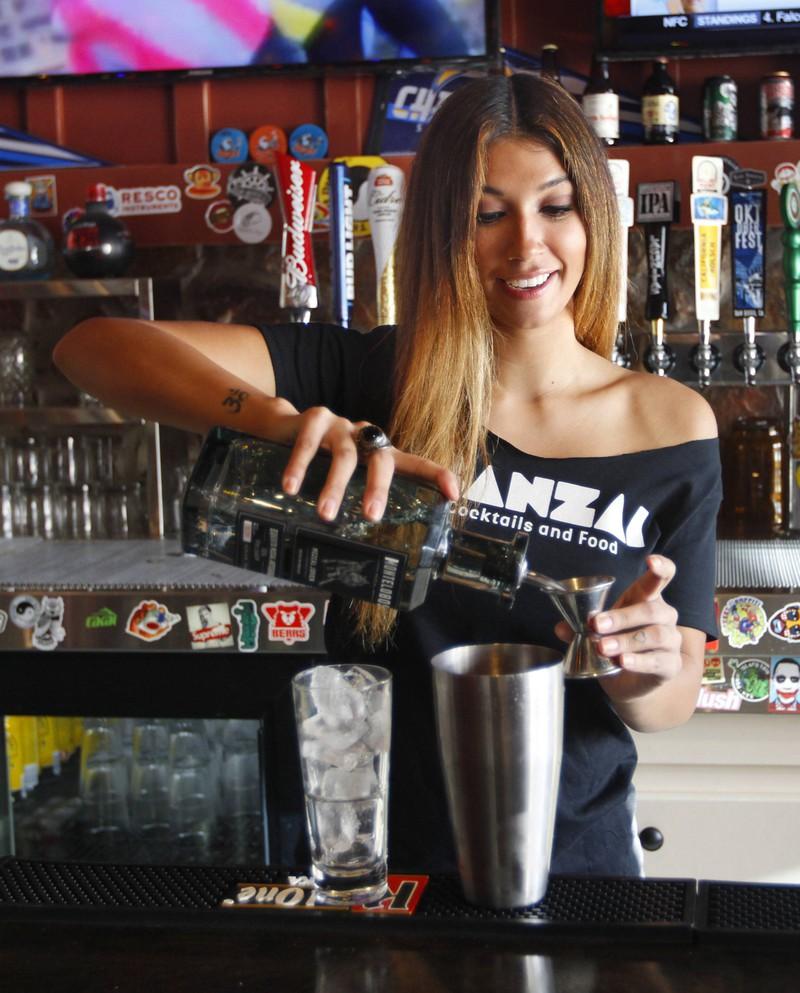 Besonders Leute, die in einer Bar arbeiten, unterliegen der höchsten Trennungsrate.