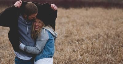 9 Anzeichen, dass die Beziehung ernst wird