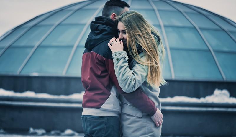 Daran erkennst du, dass er heimlich in dich verliebt ist