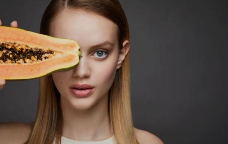 Lebensmittel: Diese Lebensmittel sorgen für schöne Haut, Haare & Co. bei uns Frauen