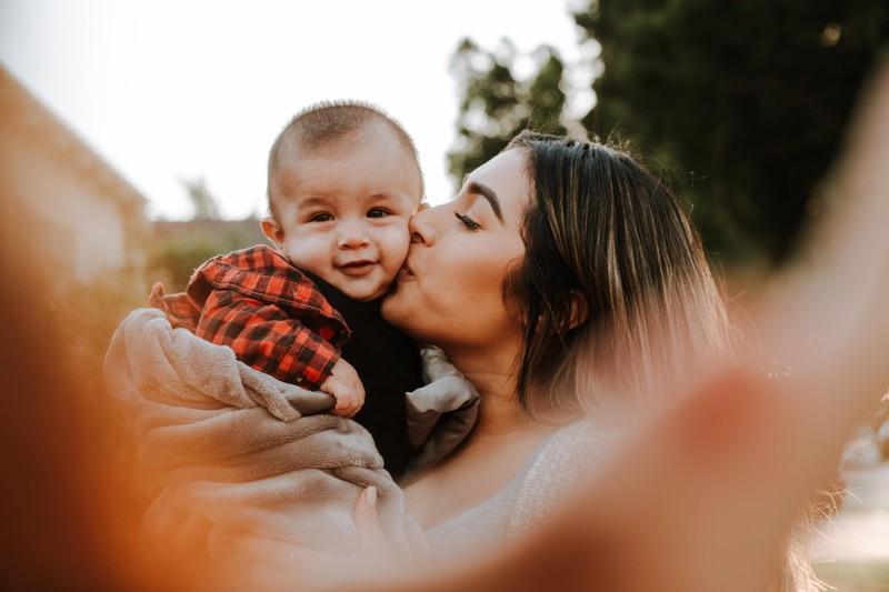 Vater warnt vor Herpes-Schäden bei Babys