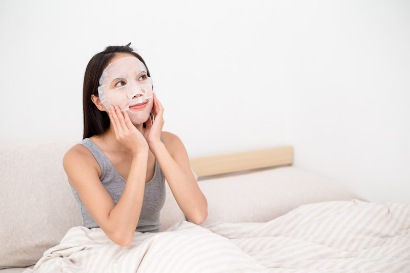 Die Hautpflege ist die Basis für ein gutes Make-Up.