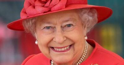 Deswegen trägt die Queen immer knallig bunte Kleidung!
