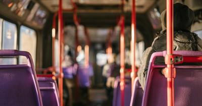 Nachdem sich Busfahrende beschwert haben: Vater postet, wie sich ihre behinderte Tochter fühlt